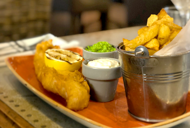 FISH, CHIPS & FIZZ
