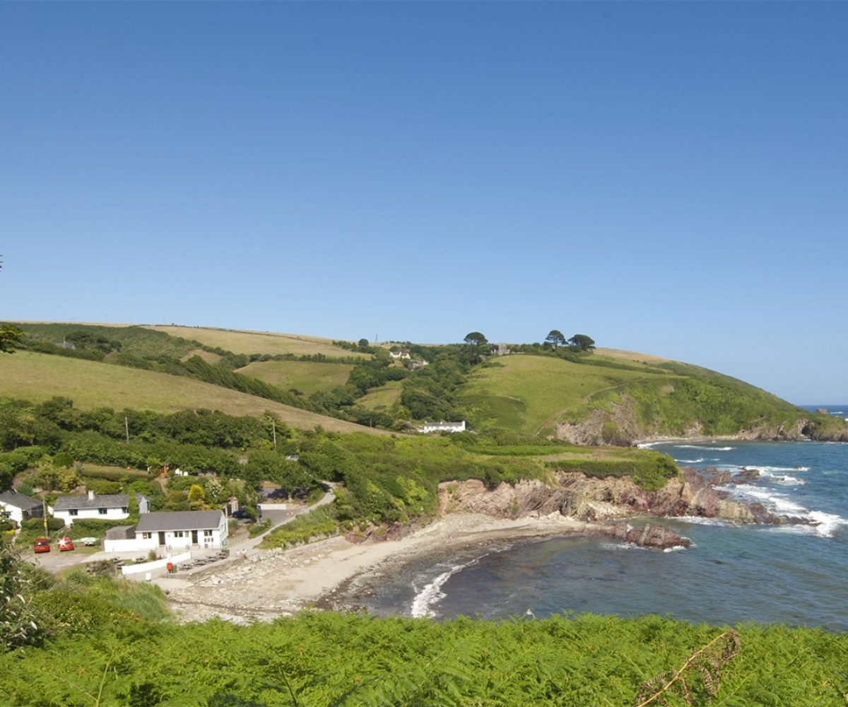 Landscape of Carbis Bay from far away.