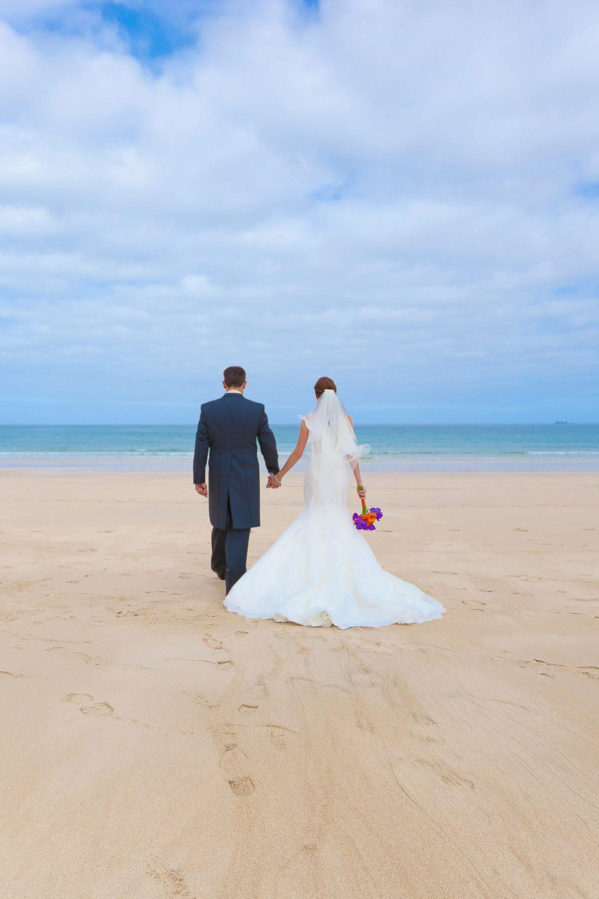 Beach wedding at Carbis Bay